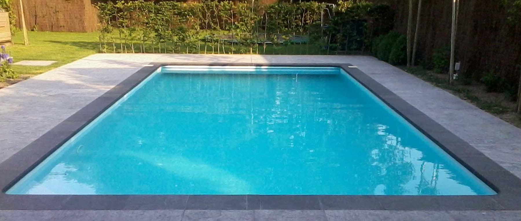 Bouwkundige zwembaden van kuik zwembaden for Inbouw zwembad zelf bouwen