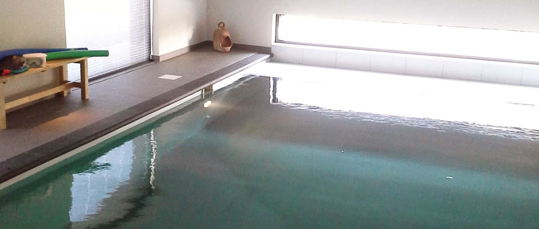 binnenzwembad van Van Kuik Zwembaden
